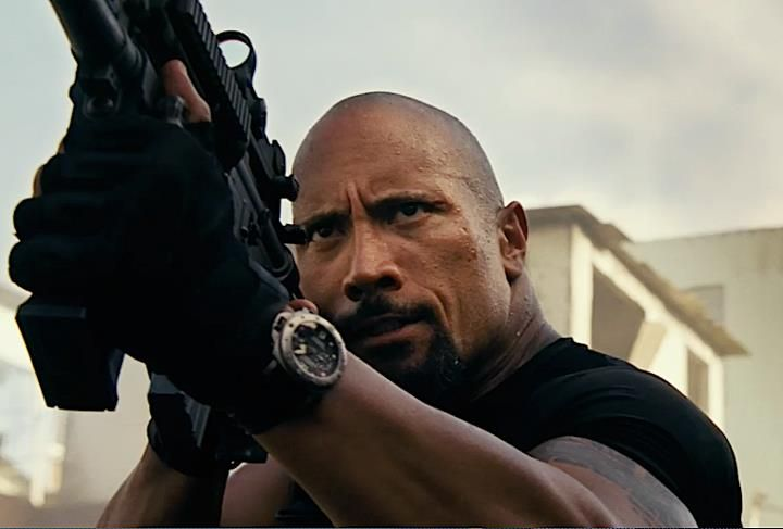 dwayne_johnson_panerai_luminor_submersible.jpg