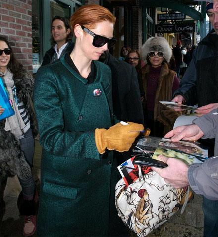 tilda-swinton-and-her-prada.jpg