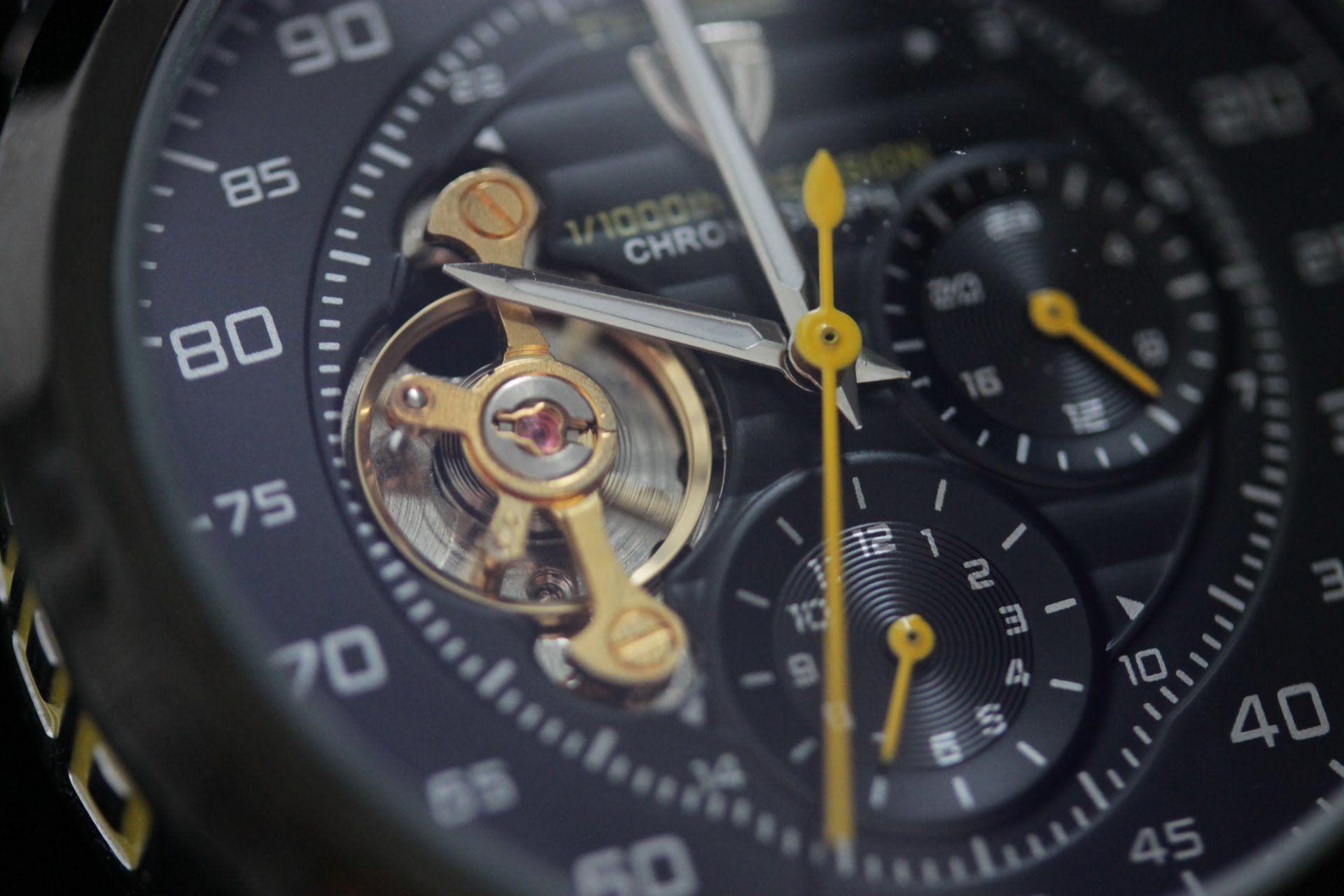 HERMLE Настенные часы с открытым механизмом