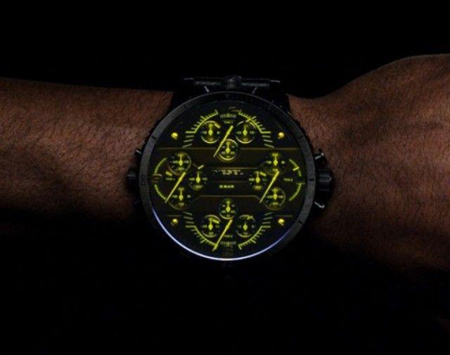 —портивные наручные часы