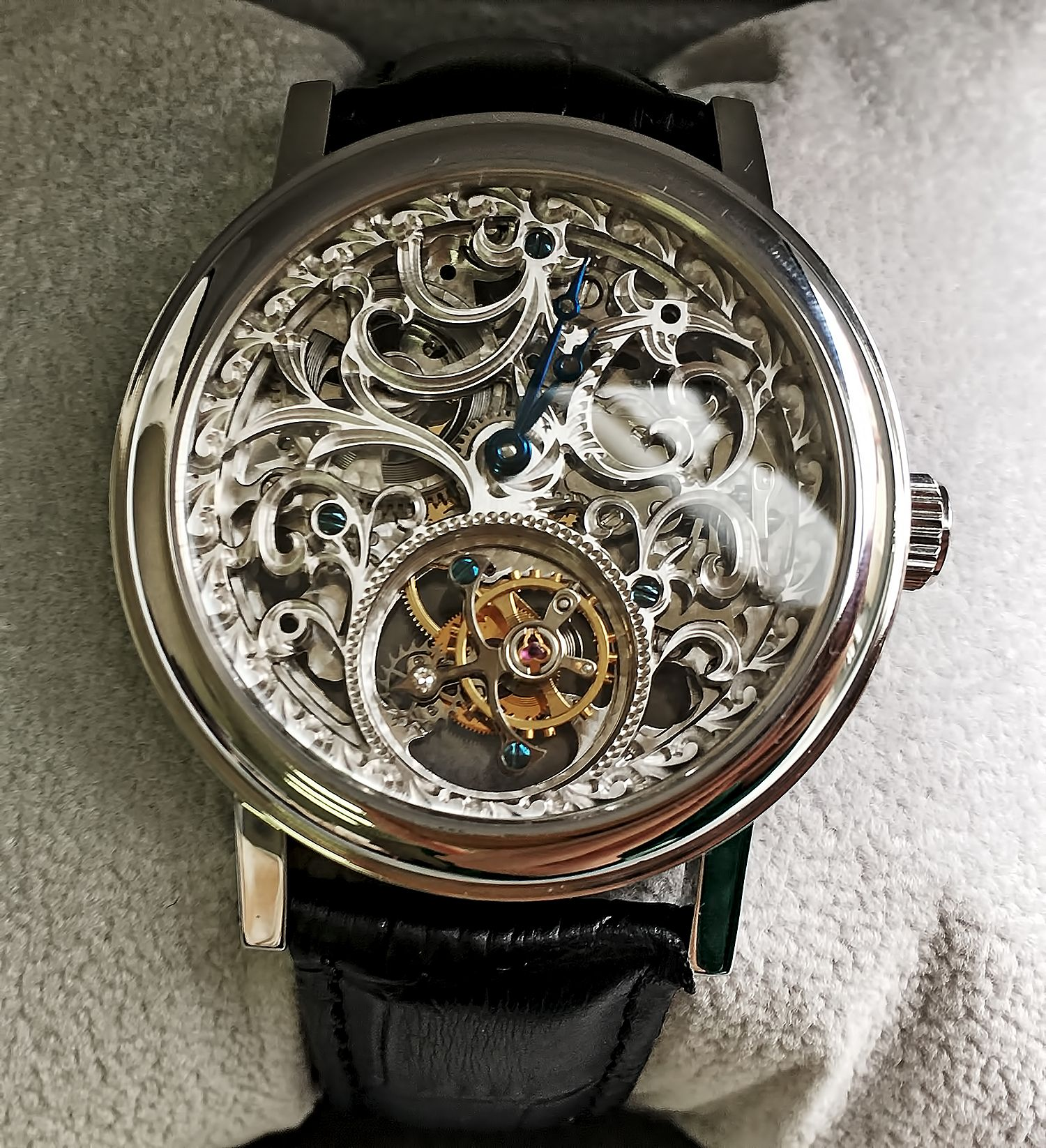 Хронометр Breguet Classique Skeleton Tourbillon Steel Watch
